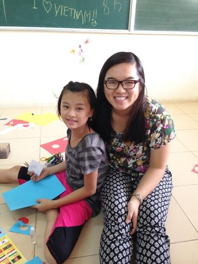 A Projects Abroad Care volunteer from America works with children at a placement in Vietnam.