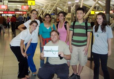 Group of Teen Volunteers on their way to India with Projects Abroad