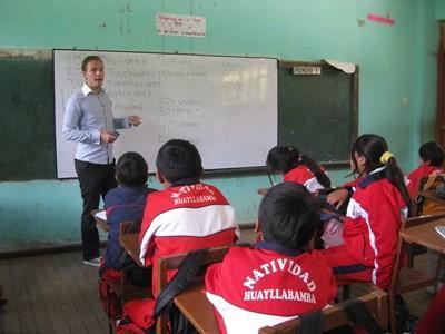 Enseignement humanitaire au Pérou