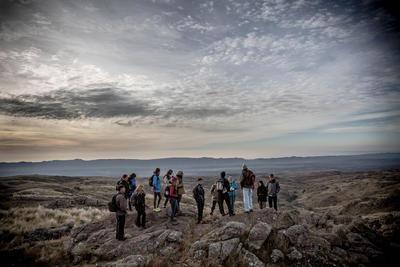 Un groupe de volontaires de Projects Abroad fait de la randonnée en Argentine, en Amérique du Sud