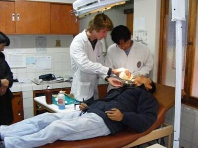 Bénévolat en soins dentaires au Pérou