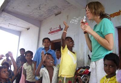 Aide aux orphelins en Inde