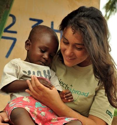 Volontaire participant à une mission humanitaire