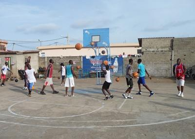 Coach Basketball in Togo with Projects Abroad