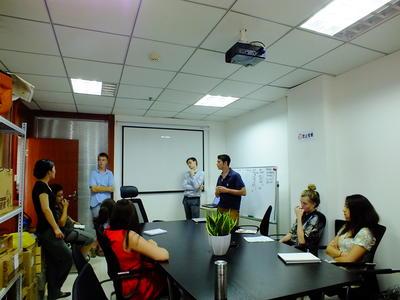 Participez à notre programme de volontariat international en entreprise