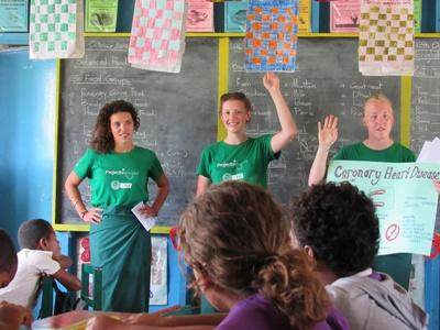 Projects Abroad volunteers get international experience teaching in Fiji, South Pacific.