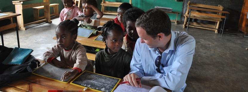 Rejoignez une mission de volontariat en enseignement et contribuer à l'éducation d'enfants dans un pays en développement