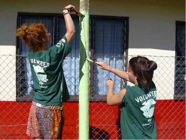 Ghana, Argentina, India Most Popular Destinations for High School Volunteers