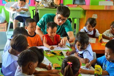 Help children through education as a teenage volunteer in the Philippines