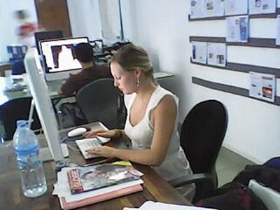 An Intern on the Journalism Project in Southeast Asia with Projects Abroad compiles her story