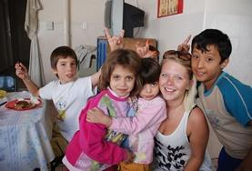 A volunteer spends time abroad with children in Argentina.