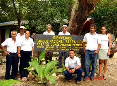 Projects Abroad volunteers and staff members at the Barra Honda National Park in Costa Rica.