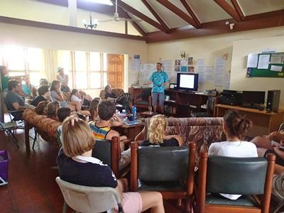 Ian Campbell from the WWF talks to Projects Abroad Conservation volunteers in Fiji.