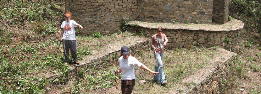 High School volunteers work on an archaeological site abroad