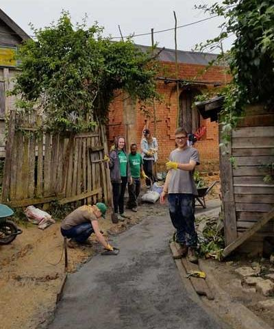 Projects Abroad volunteers help build a path for a Madagascan school in Africa.