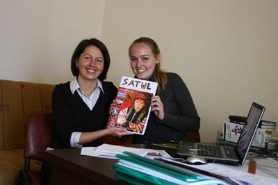 Projects Abroad Journalism intern with the editor of a local magazine in Romania.