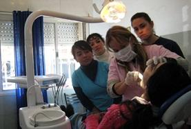 Students on the Dentistry Elective abroad in Argentina observe a dental procedure.