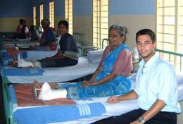 Volunteer in India: Medical School Elective