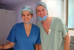 Nursing Elective Students in Mexico take a photo while at their volunteer placement.