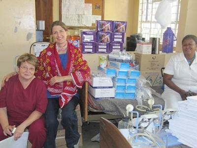 Projects Abroad Dentistry interns spend time with local staff at a clinic in Tanzania.