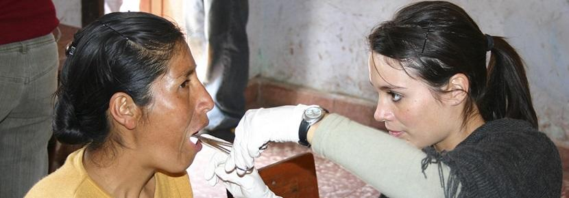 A volunteer doing a dentistry internship abroad with Projects Abroad participates in a medical outreach.