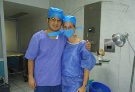 Nursing volunteers in Mexico wear scrubs during their observations on their internship.
