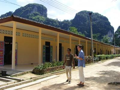 A teacher is introduced to the school where he will be teaching for his time volunteering in Thailand.