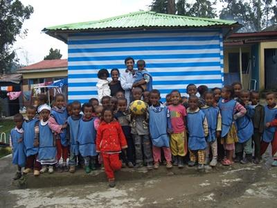 Professional volunteer with students on physical education project in Ethiopia