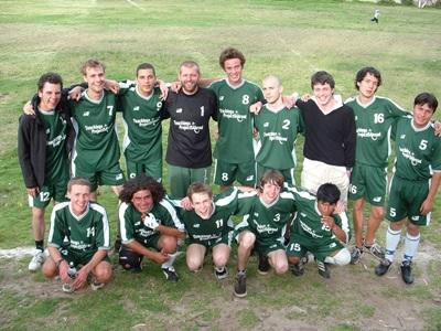 Gap year volunteers coach a school soccer team in Peru