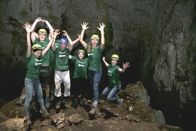 Conservation volunteers during an exploration of Terciopelo Cave in Barra Honda National Park