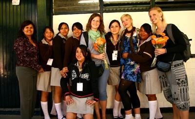 Volunteers with their students on the teaching project in Mexico